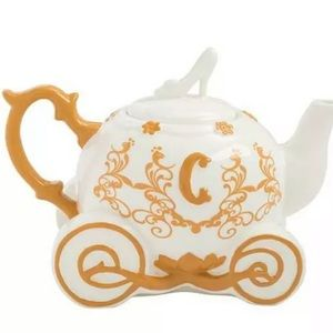 Cinderella Carriage Ceramic Teapot Disney  NEW